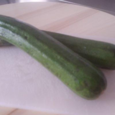 Eliche giganti con zucchine prosciutto cotto e panna