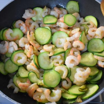 Tortiglioni zucchine e gamberetti