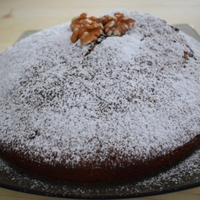 Torta noci, ricotta e gocce di cioccolato