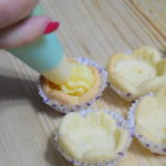 Cestini di pasta frolla con crema e frutta