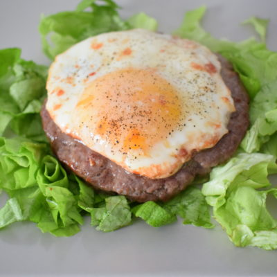 Hamburger alla bismarck