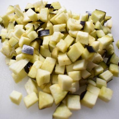 Pasta con melanzane e pancetta